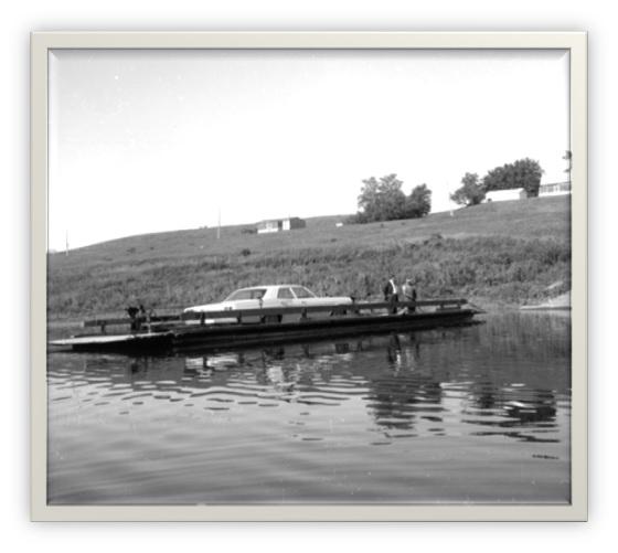 Bac sur la rivière Yamaska à St-Aimé. Collection ANQ