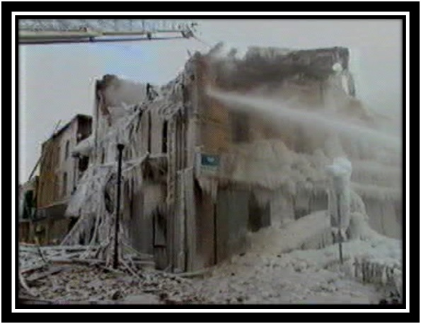 Les photos du feu du Centre Carleton en janvier 1999 Collection privée (2)