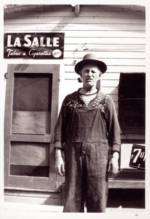 11-Le magasin Oza Dupuis au chenal du Moine en 1956