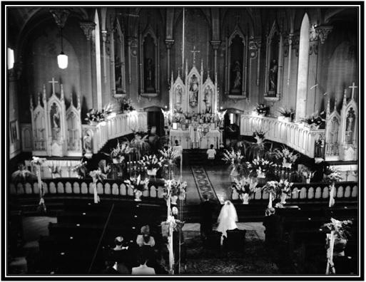 Intérieur de l'église St-Anne-de-Sorel à l'évènement du mariage